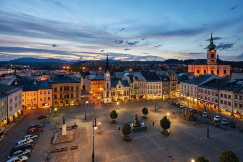 1353-Krakonošovo náměstí z výšky