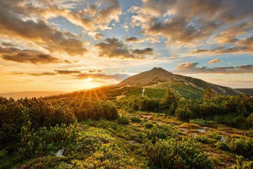 1464-Východ slunce z Luční louky