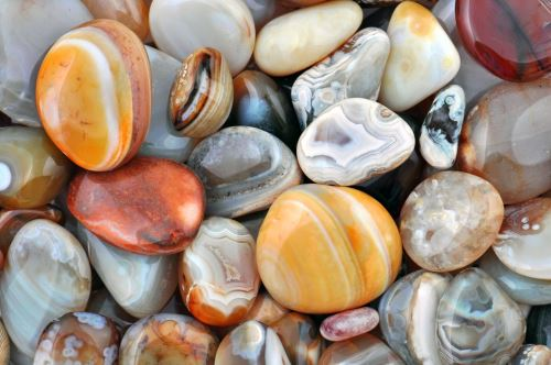 003 - Barevné kamínky