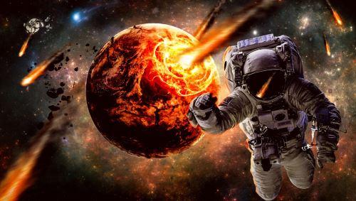 002 - Astronaut